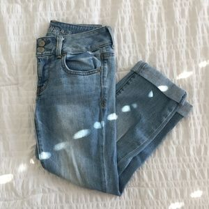 American Eagle Distressed Artist Crop Jeans